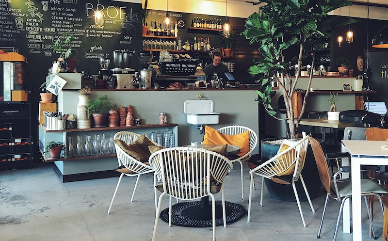 Opening a Café- A Complete Guide